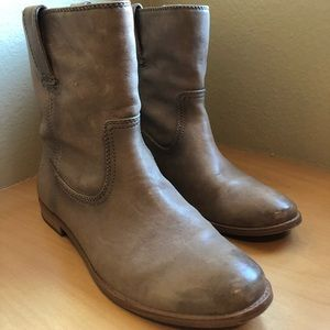 Frye Anna Leather Short Boot 8